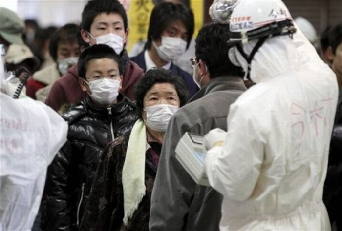 """АЭС """"Фукусима-1"""": эксперты не исключают ухудшения ситуации (40 фото)"""
