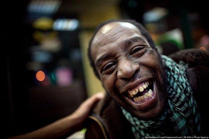 Интервью с необычным пьяницей (14 фото + текст)