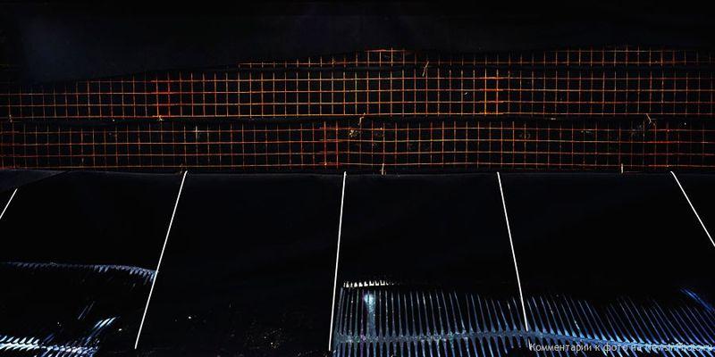 28.Решетка и черный войлок (Grid Wall & Black Felt)<br>  Нью-Джерси, 2009 год
