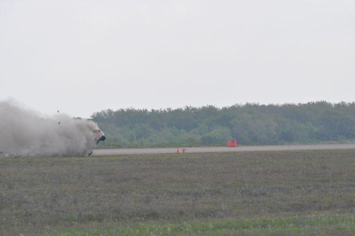 Авария на треке при установлении рекорда скорости (6 фото+видео)