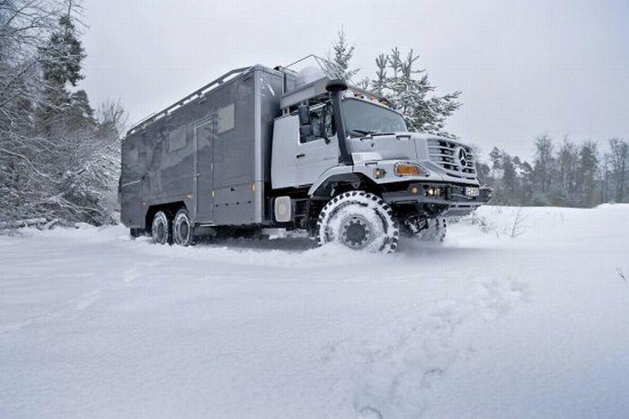 Mercedes-Benz Zetros для люксовых экспедиций (24 фото)