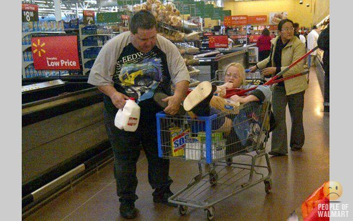 Интересные люди в супермаркетах. Часть 11. (50 фото)