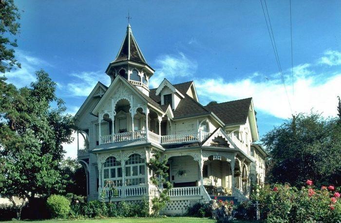 Красивая архитектура американских пригородов (30 фото)