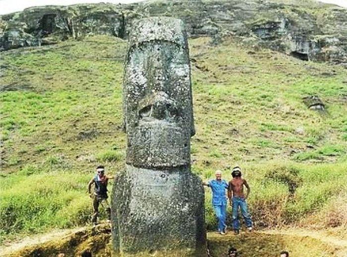 Что скрывает голова на острове Пасхи (4 фото)