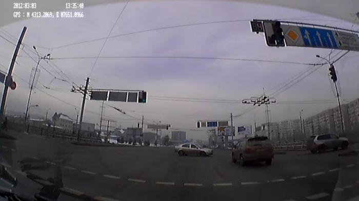 Авария дня часть 500 (фото+видео)