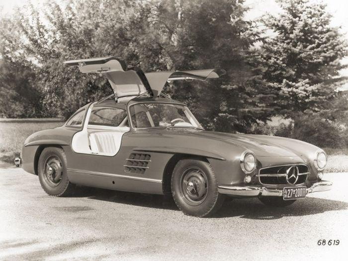 Взяли и нашли у себя в гараже Mercedes-Benz 300SL Gullwing 57 года (6 фото)