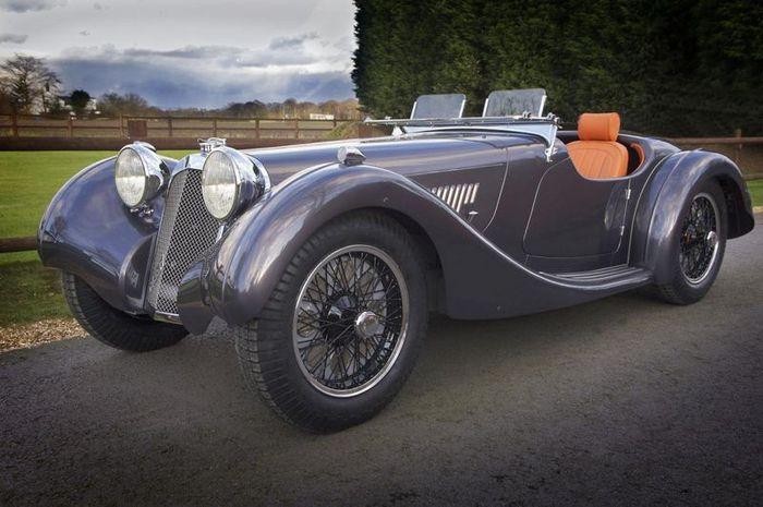 В Великобритании возродили марку Atalanta Motors (2 фото)