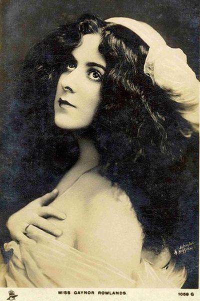 Красавицы XIX века (19 фото)