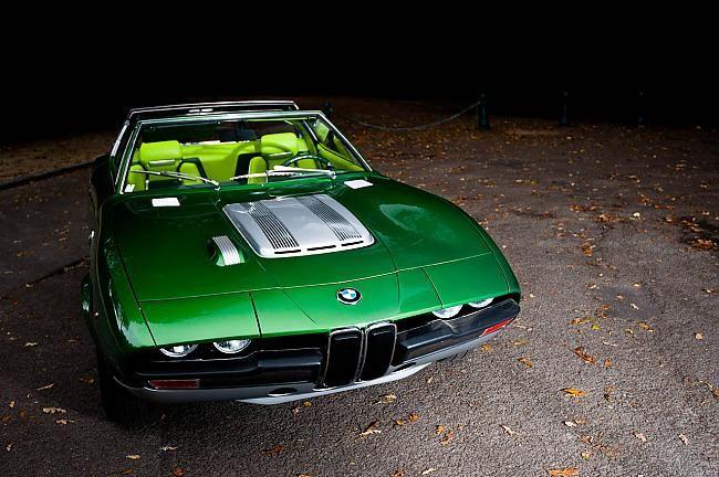BMW Bertone Spicup (7 фото + видео)
