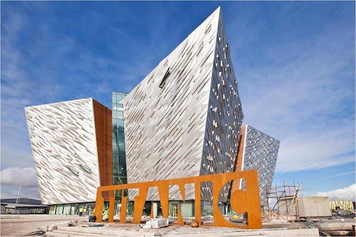 К столетию кораблекрушения открывается музей Титаник Белфаст (33 фото)