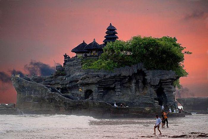 10 самых фантастических мест на Земле (10 фото)