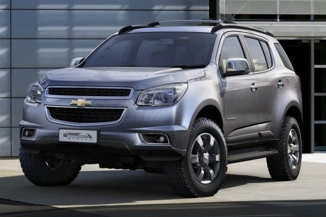 Новый Chevrolet Trail Blazer 2012 (3 фото)