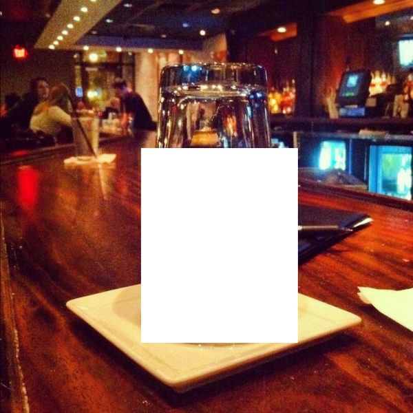 Отличный способ навредить официанту (2 фото)