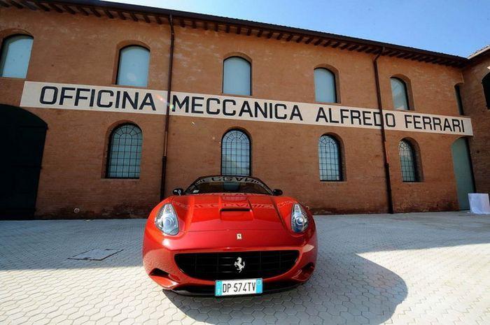 Casa Natale Enzo Ferrari -музей  Enzo Ferrari (20 фото)