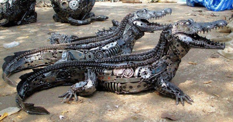 Свежий фотоприкол аллигатор, железный, крокодил, робот