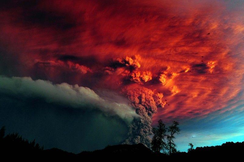 Юмор прикол дым, извержение вулкана, небо, облака, пепел
