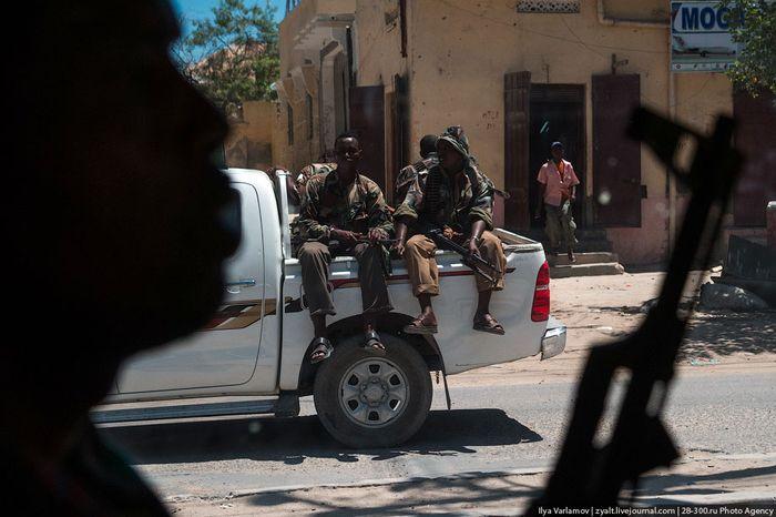военные, оружие, охрана, путевые заметки, путешествие, сомали
