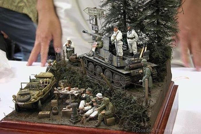 Modelos realistas de acción militar  11