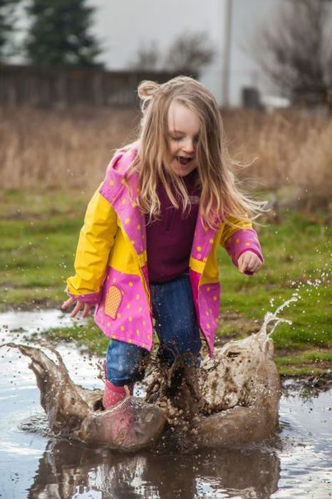 Фотка грязь, девочка, испачкалась, лужа