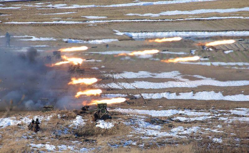 Учения в северной кореи 33 фото