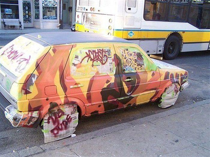 Фотоприкол авто, жесть, разукрасили машину