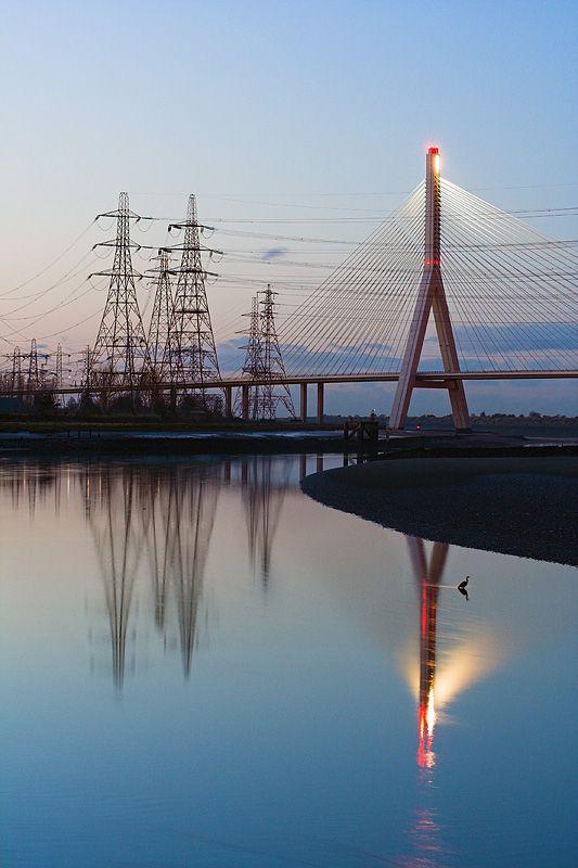 http://de.fishki.net/picsw/042007/05/bridge/bridge_06_158.jpg