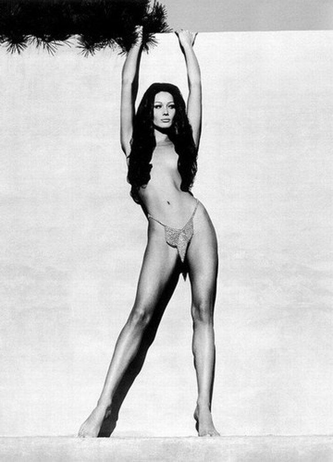 Carla bruni-sarkozy nude pictures