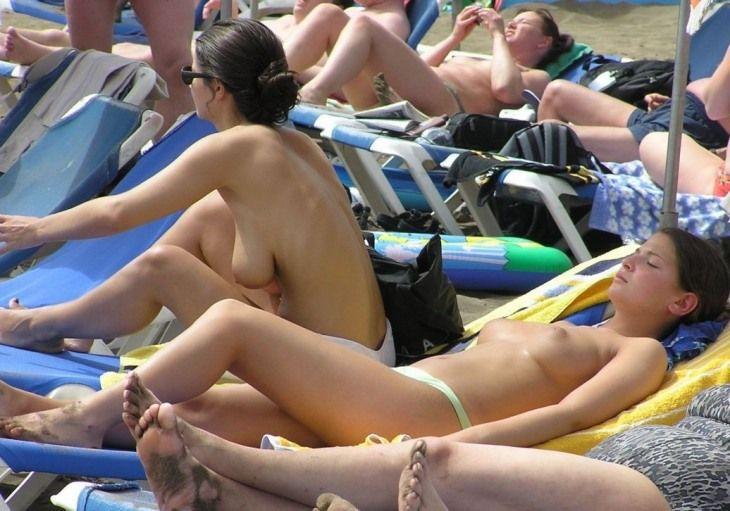 Девушка сезона пляж фото ню, порно фото мужики члены и анал