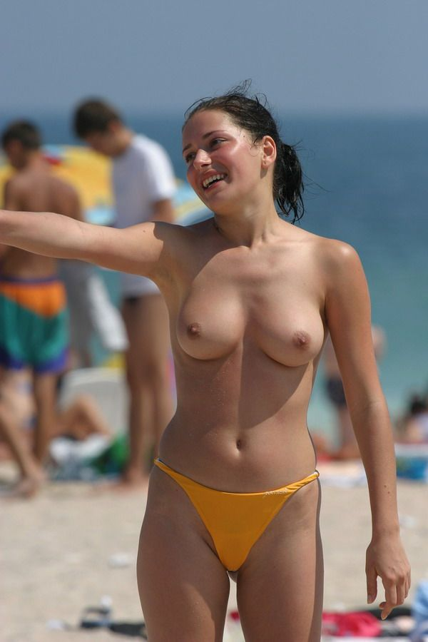 nude-big-boobs-volleyball