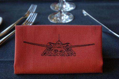 Ресторан с самолетом (70 фото)