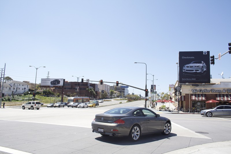 Война между Audi и BMW не затихает (7 фото)