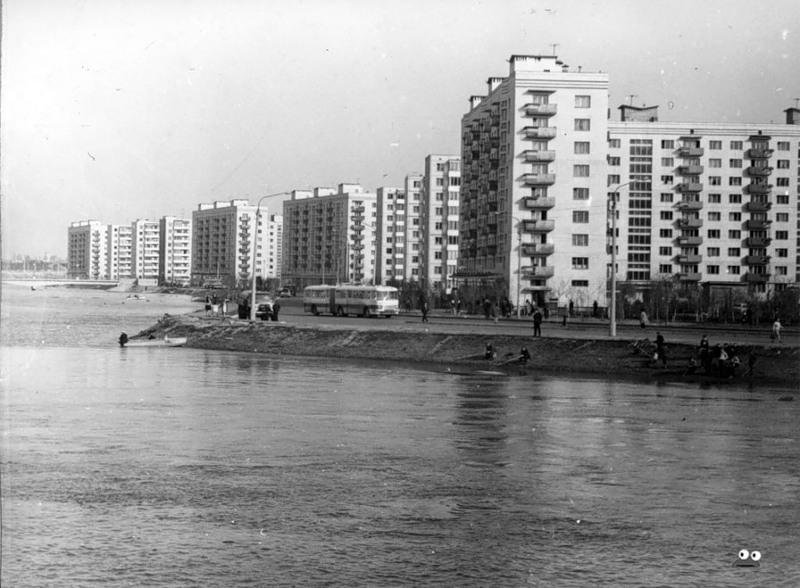 Русановка во время наводнения в апреле 1970 г.