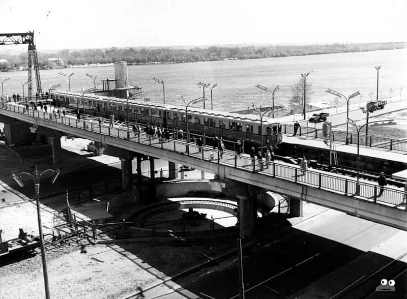 Такой была станция метро Днепр в первые 5 лет своей работы, июнь 1961 года