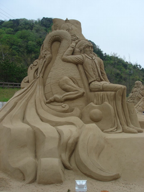 Всемирный фестиваль песчаной скульптуры (17 фото)