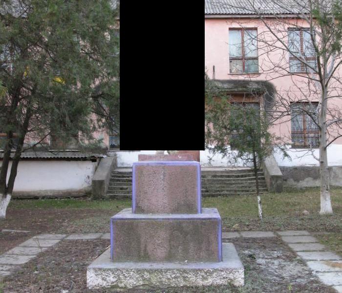 Новая модификация Ленина (4 фото)