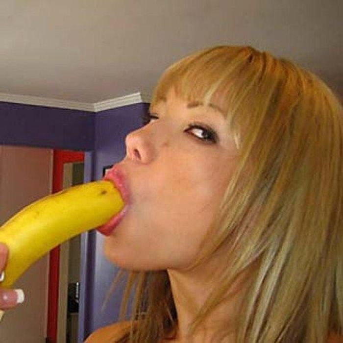 Jurassic cock cum on babe