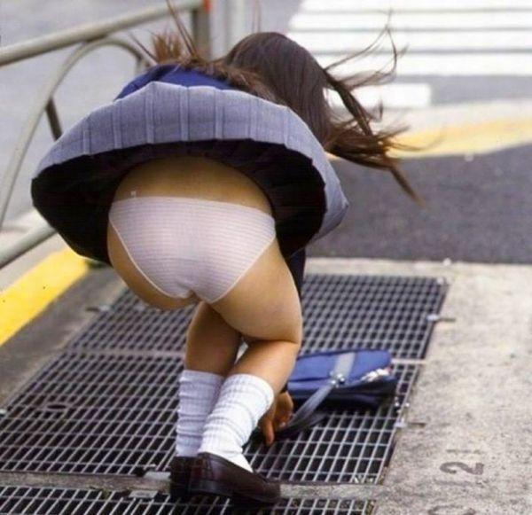 Teens thong showing schoolgirl bits free porn