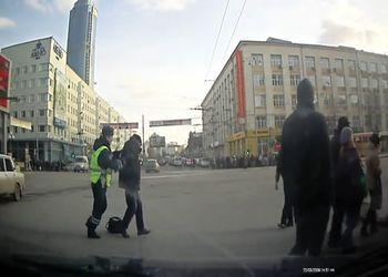 Стадное чувство пешеходов идти на красный!