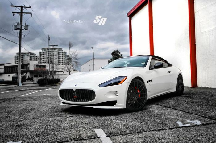 SR Project доработали люксовый Maserati GranCabrio (8 фото)