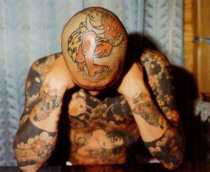 Необычные татуировки (41 фото)