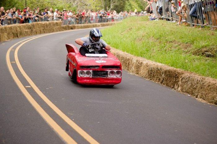 RedBull гонки на самодельных средствах передвижения. Часть первая (22 фото)