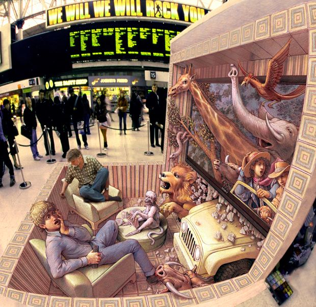 Курт сидит на картине под названием «Кресло путешественник» на вокзале Ватерлоо в Лондоне, <br> в январе 2010 года.