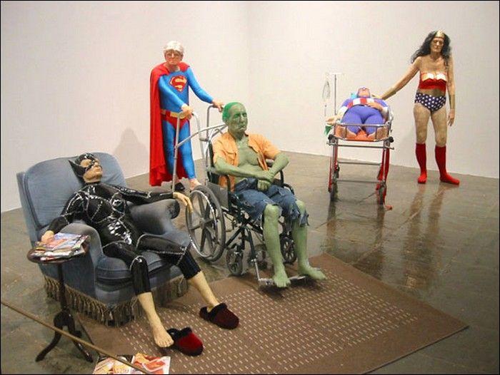 Супергерои в доме пристарелых (17 фото)