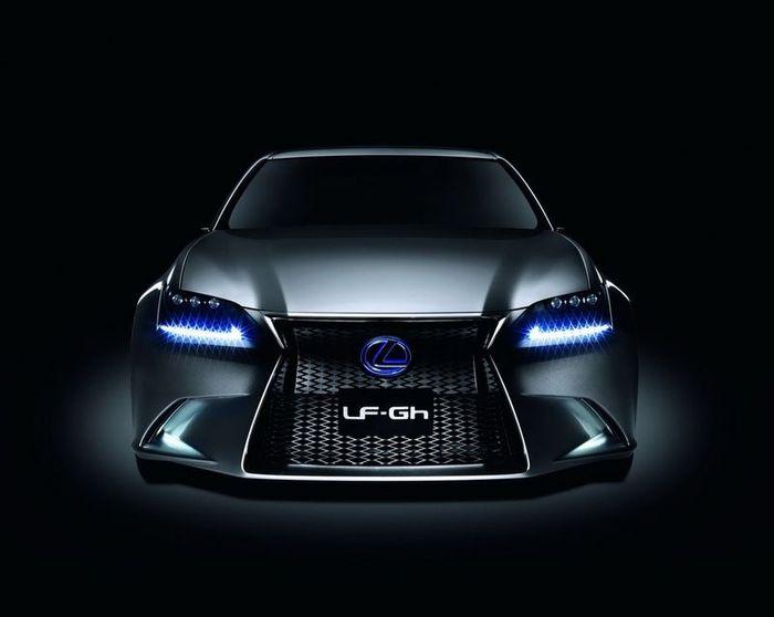 Новый гибрид от Lexus - LF-GH (43 фото+видео)