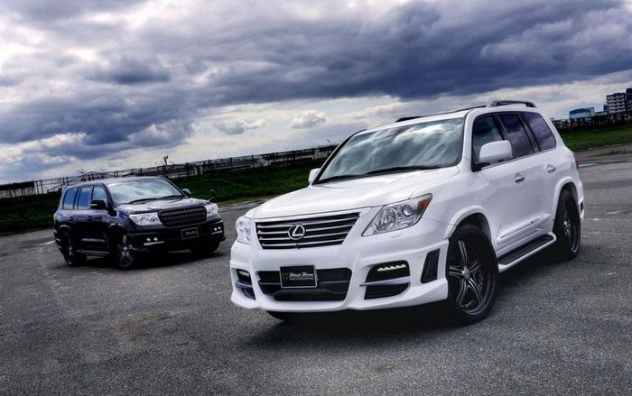 Lexus LX570 Sports Line Black Bison от Wald International (8 фото)