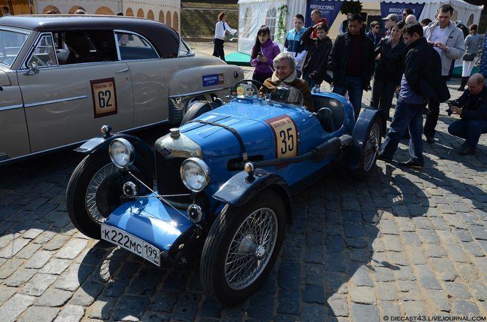 Ралли классических автомобилей. Часть первая (40 фото)
