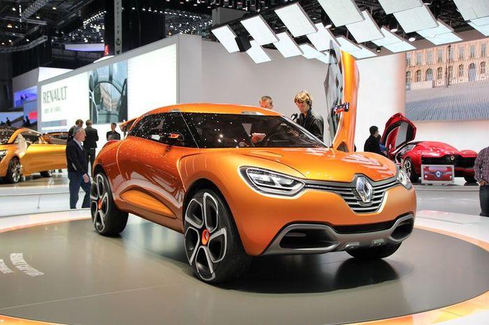 Renault Captur - конкурент для Nissan Juke и Range Rover Evoque (14 фото)