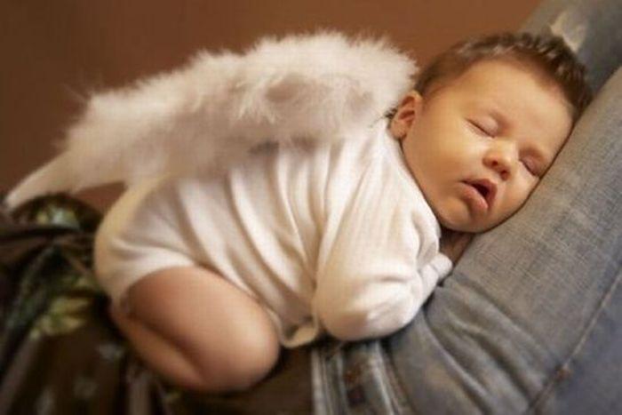 Очаровательные маленькие ангелочки (18 Фото)