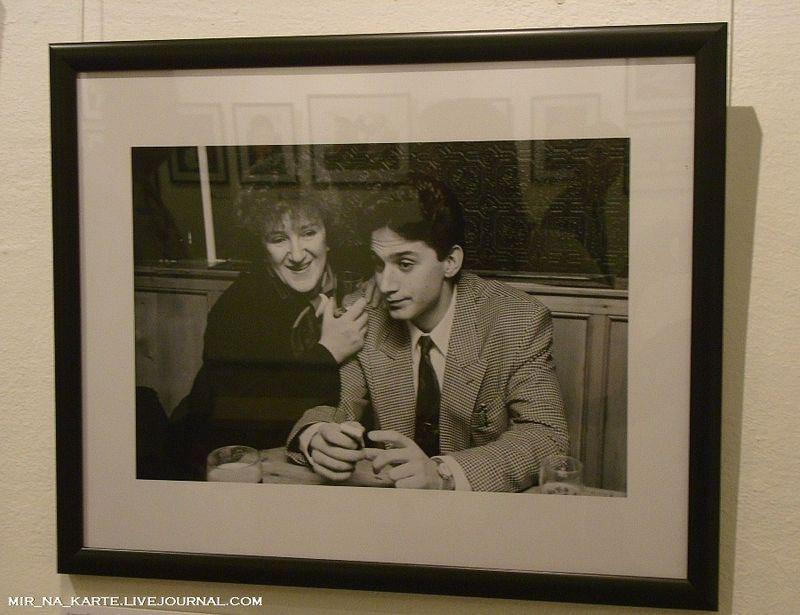25. Галина Старовойтова с сыном, Санкт-Петербург, 1995 год