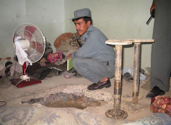 Побег из тюрьмы Кандагар (18 фото)